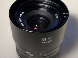 Loxia 35mm F2 for Sony E環